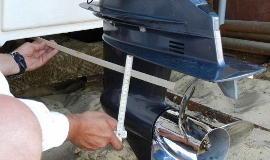 Правильная установка лодочного мотора